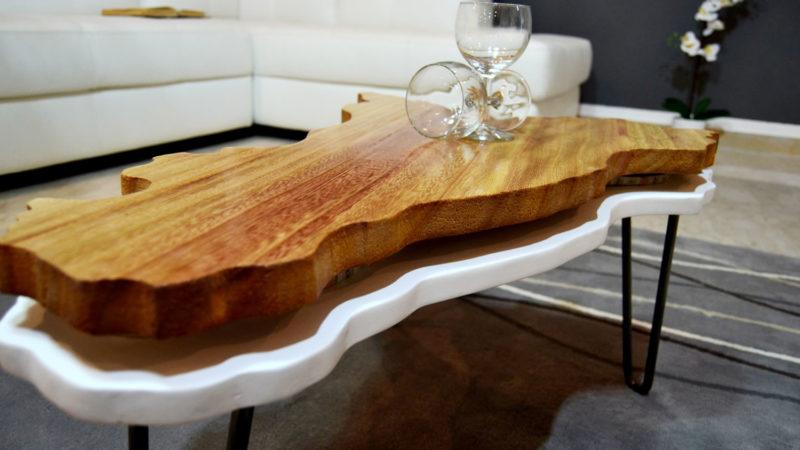 tavolino in legno di design